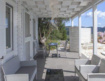 villa-kathisma-vasiliki-cottage-lefkada-greece-adults-only-accommodation-entrance-view
