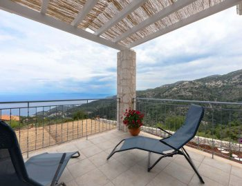 villa-klearista-kalamitsi-lefkada-greece-balcony-view