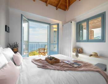 villa-klearista-kalamitsi-lefkada-greece-double-bedroom