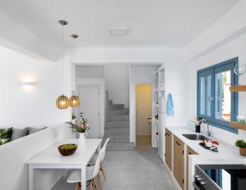 villa-klearista-kalamitsi-lefkada-greece-fully-equipped-kitchen