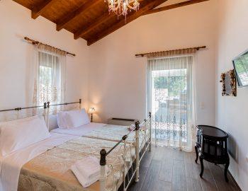 villa-loulou-nikiana-lefkada-bedroom