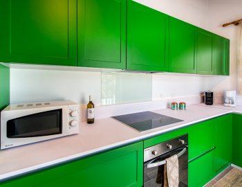 villa-loulou-nikiana-lefkada-kitchen-fully-eqquipped