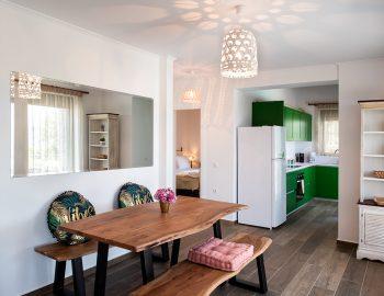 villa-loulou-nikiana-lefkada-seating-area-kitchen