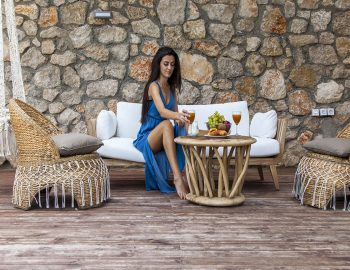 villa-luca-desimi-lefkada-greece-girl-having-breakfast