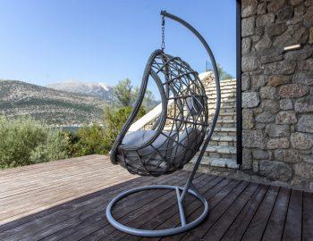 villa-luca-dessimi-lefkada-greece-lower-deck-swining-chair-feature