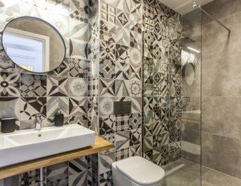 villa-luca-dessimi-lefkada-greece-lower-ground-family-bathroom