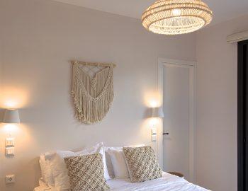 villa-luca-geni-desimi-lefkada-greece-lower-level-double-bedroom-with-breakfast
