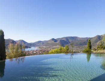 villa-mimoza-nidri-lefkada-luxury-accommodation-greece-infinity-pool-with-green-landscape