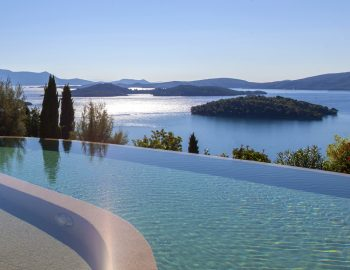 villa-mimoza-nidri-lefkada-luxury-accommodation-greece-infinity-private-pool