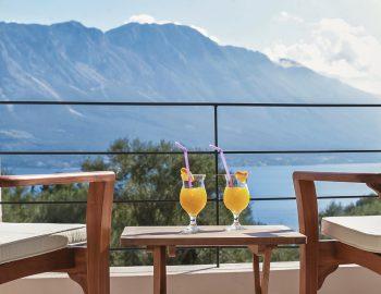 villa-mouria-paleros-greece-private-balcony-with-sea-view