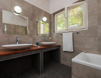 villa-mylos-vasiliki-cottages-lefkada-greece-adults-only-accommodation-luxury-bathroom