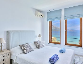 villa-paleros-greece-bedroom-with-sea-view
