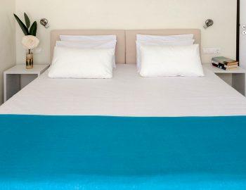 villa-ponti-vasiliki-lefkada-greece-double-bedroom