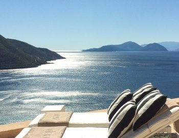 villa-ponti-vasiliki-lefkada-greece-luxury-sunbeds-with-ionian-sea-view