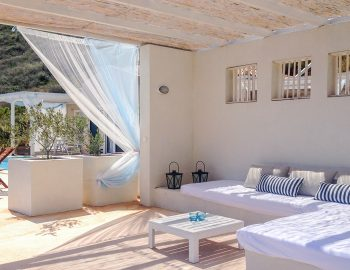 villa-ponti-vasiliki-lefkada-greece-outdoor-lxuury-lounge