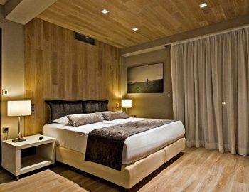 villa-sapphire-karvouno-beach-sivota-epirus-greece-bedroom-with-wooden-feature