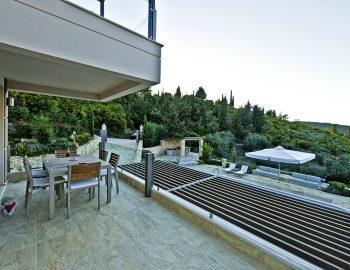 villa-sapphire-karvouno-beach-sivota-epirus-greece-ground-level-outdoor-area