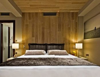 villa-sapphire-karvouno-beach-sivota-epirus-greece-master-double-bedroom