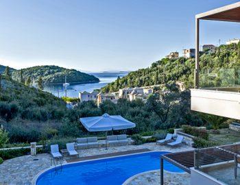 villa-sapphire-karvouno-beach-sivota-epirus-greece-parking-view