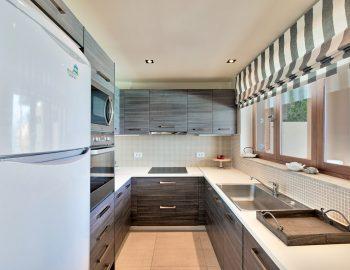 villa-scorpios-pogonia-paleros-greece-fully-equipped-kitchen