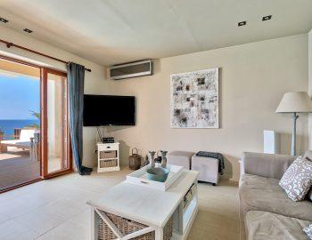 villa-scorpios-pogonia-paleros-greece-lounge-room-with-sea-view