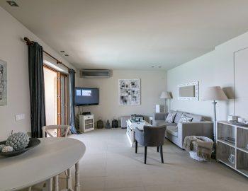 villa-scorpios-pogonia-paleros-greece-open-living-area