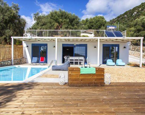 villa selini in mikros gialos lefkada walking distance to the beach