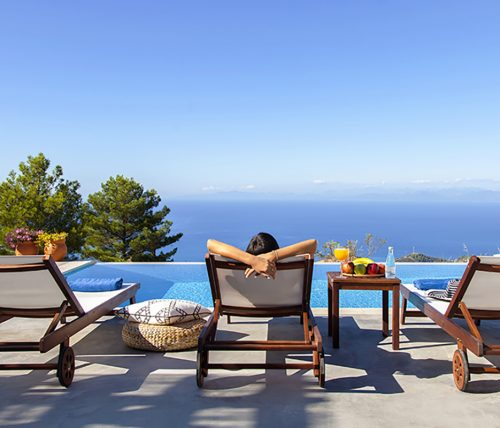 villa sunset kalamitsi in lefkada greece with private pool and sea view