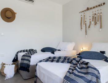villa-theia-desimi-lefkada-greece-twin-bedroom-with-light-feature