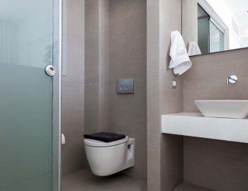 villa-valentina-sivota-cave-style-thesprotias-bathrom-toilet-shower