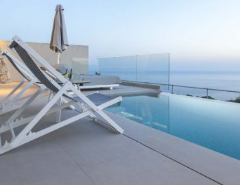 villa-valentina-sivota-cave-style-thesprotias-pool-swimming-view-infinity-ocean-deck-chairs