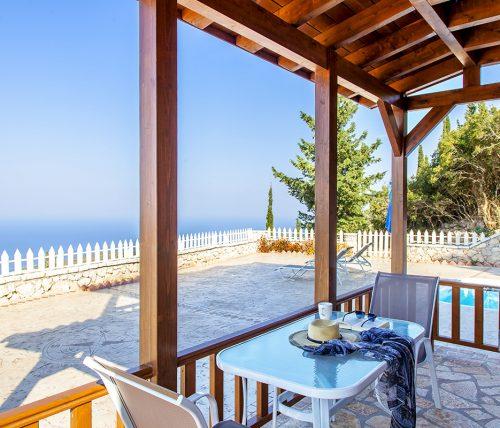 villa-vissala-paeonia-accommodation-lefkada-lefkas-xortata-private-balcony-with-pool-view