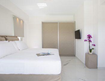 villa-w-offwhite-vasiliki-lefkada-greece-bedroom-double-bed-private