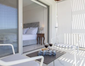villa-w-offwhite-vasiliki-lefkada-greece-upstairs-private-balcony