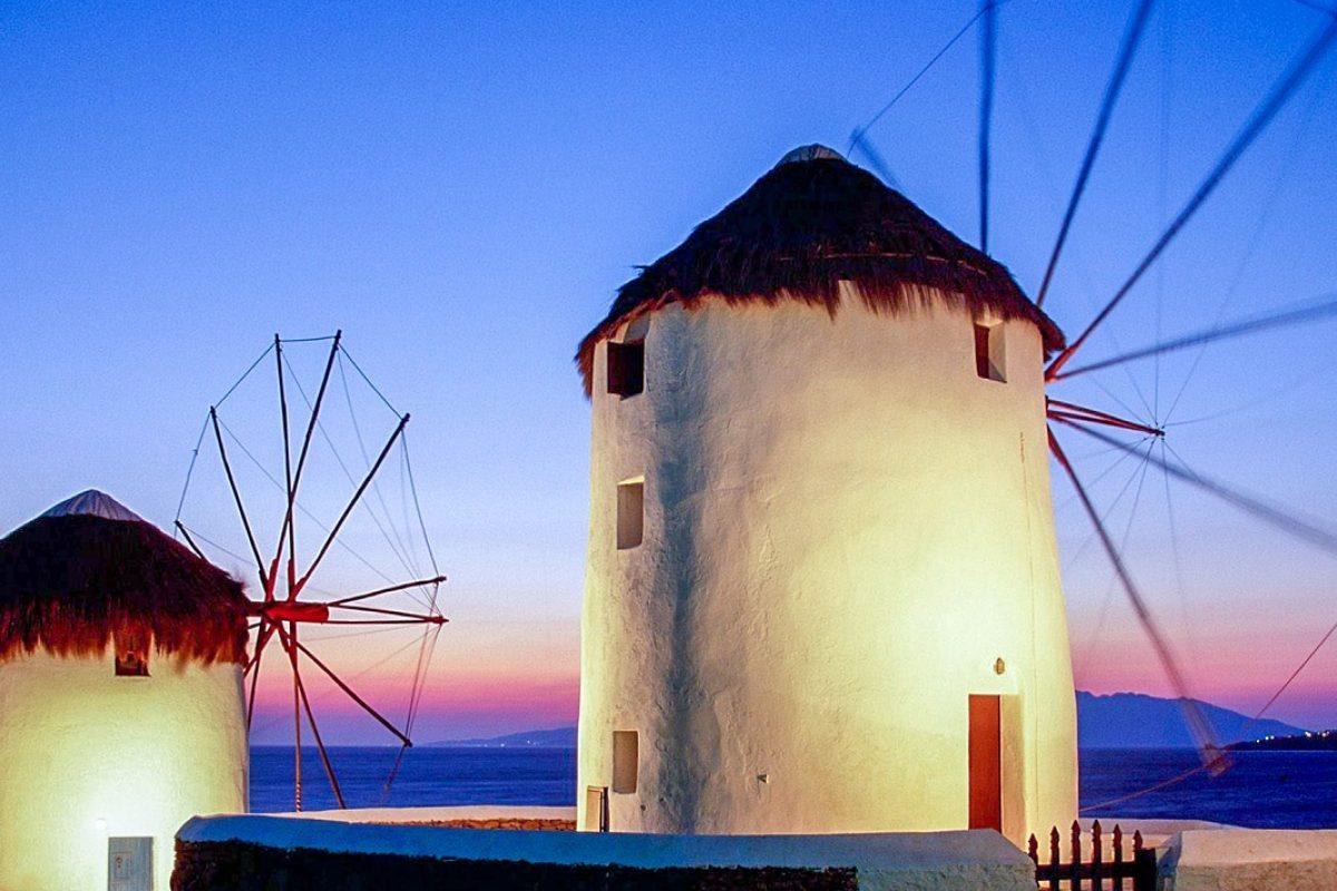 windmills-chora-mykonos-island-greece
