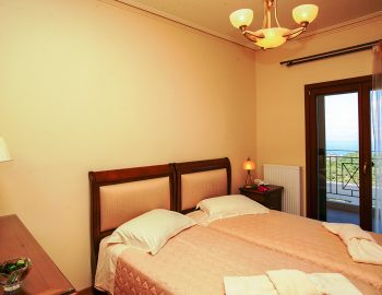 villa-belvedere-corfu-greece-double-bedroom