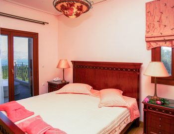 villa-belvedere-corfu-greece-double-bedroom-romantic