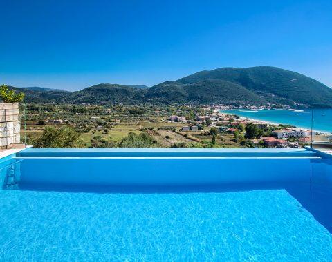 villa-drakatos-ostria-vasiliki-lefkas-infinity-pool