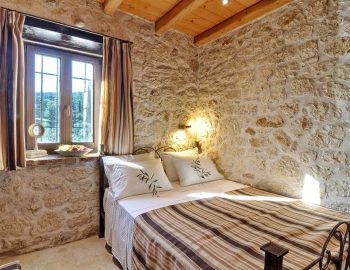 villa-eri-corfu-greece-double-bedroom