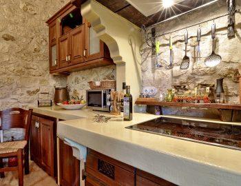 villa-eri-corfu-greece-kitchen