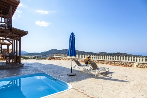 villa-vissala-paeonia-accommodation-lefkada-lefkas-xortata-cover-photo