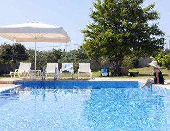 whatsongreece-villa-gaia-halikouna-pool-girl.jpg